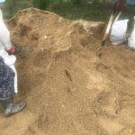 川の氾濫前に準備は大切 土のう作り 岡山市